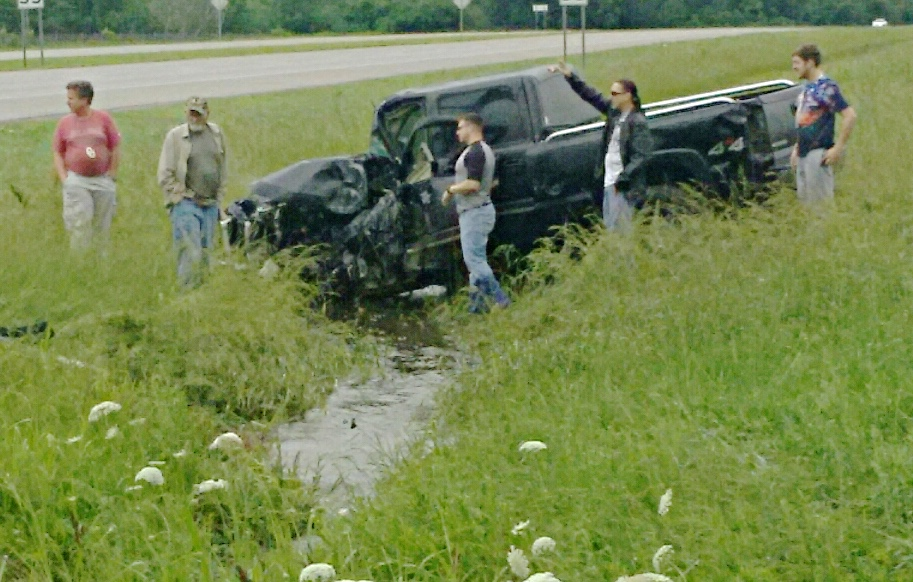 Two people were hurt in this wreck around 11:40 this morning.